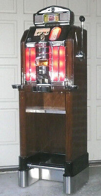 Jennings SWEEPSTAKES Chief in the CONSOLE Stand--5 Cent--Slot Machine--Beautiful