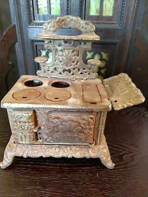 "Antique ""QUEEN"" Salesman Sample CAST IRON Toy Stove Nickel Plated Advertising"