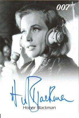 JAMES BOND 50th ANNIVERSARY SERIES 2 - AUTOGRAPH HONOR BLACKMAN as Pussy Galore