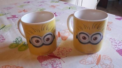 Lot de 2 tasses minion