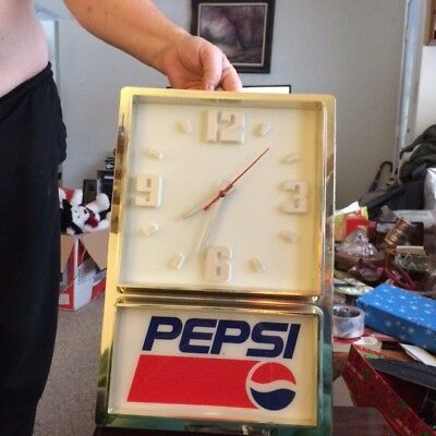 Pepsi Cola Beautiful Lighted Electric Clock dated 1881