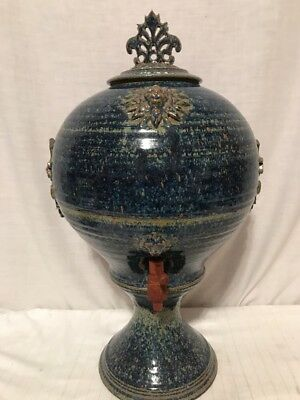 Vintage Blue Speckled Paint Lion Head Face Water Beverage Dispenser Jug Crock