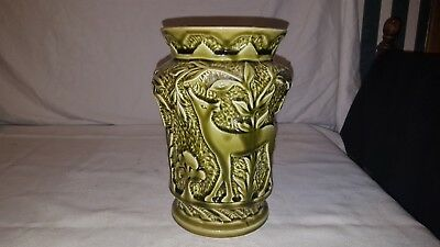 Usa Pottery Green 204 Vase Pot Planter 8.25 Inch Deer Eating