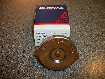 GM AC Delco Radiator Cap 7lb Chevy, Olds, Pontiac, Buick, Cadillac