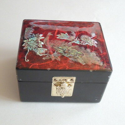 Vtg Black Lacquer Peacock Mother of Pearl Trinket Box MOP AUNT Bs ESTATE AC29