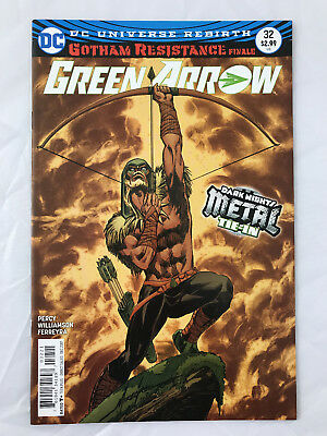 Green Arrow #32 Grell Variant Batman Who Laughs Metal Tie In