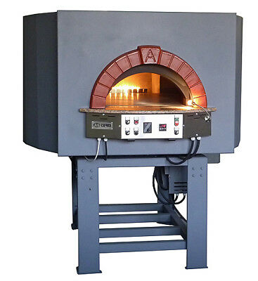 Rotating gas pizza oven