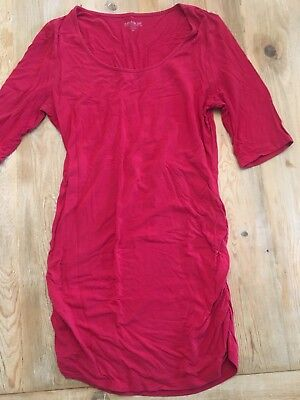 A Pea in the Pod maternity red t-shirt size small