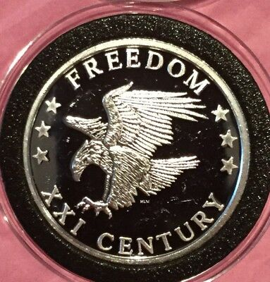 XXI Century 2000 American Eagle 1 Troy Oz .999 Fine Silver Round Coin Medal 999
