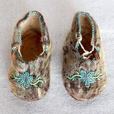 Antique Vintage Inuit Eskimo Beaded Skin Fur Baby Beaded Moccasins Shoes Booties