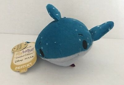 Hallmark Itty Bittys Bitty DESTINY the Whale Finding Nemo LIMITED EDITION
