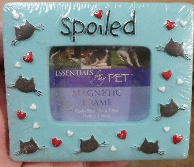 """Spoiled 3D Cat Magnetic Picture Frame for Photo 2"""" x 1.5"""" - SEALED NEW"""
