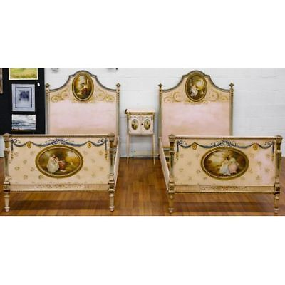 RARE BEAUTIFUL ANTIQUE 19th C PAIR HAND PAINTED TWIN BEDS & NIGHTSTAND