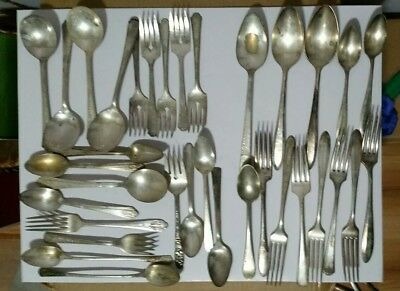 lot of 21pieces of vtg silver plated tarnished  silverware & 13 community pieces