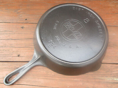 """fully Restored!"" Griswold #8 Lg Slant/e.p.u. Logo Cast Iron Heat Ring Skillet"