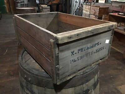 Vintage Wooden Cranberry Box/Crate N Phillips Plymouth Mass