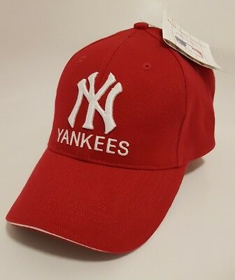 New York Yankees Major League Baseball Official  Cap/Hat Red/White NEW- RRP £15