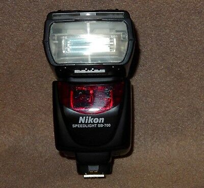 Nikon Speedlight SB-700 AF Shoe Mount Flash for Nikon - Missing Battery Door