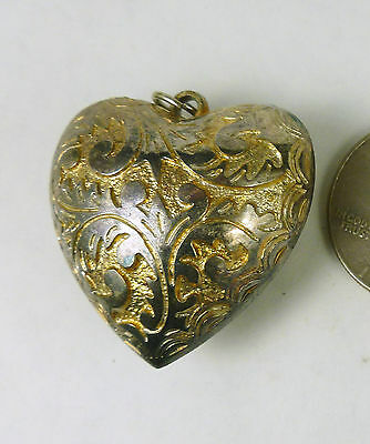 Large Vintage Old Gothic Style Silver / Goldtone Accents Heart 32x33x19mm T8