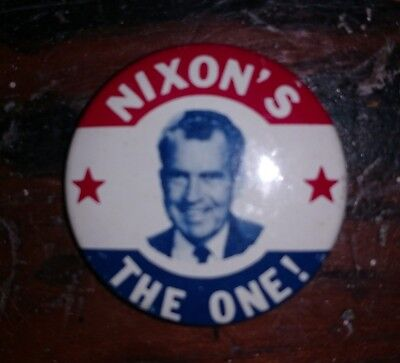 "1968 US Presidential Campaign Button President Nixon ""Nixon's the One"" Pin-back"