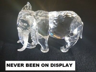 """Swarovski Crystal Elephant Collectors Society 1993 """"SCS"""" Annual Edition in box"""