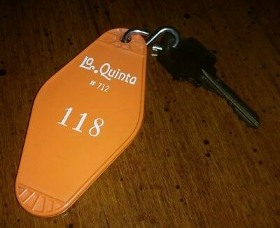 Vintage Collectable La Quinta #712 Hotel Key & Fob San Antonio, Tx  Rm#118