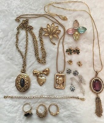 Large Lot of Avon Vintage Jewelry Brooches Necklaces Earrings