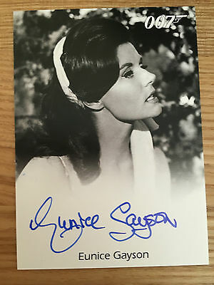 James Bond Archives 2014 Full Bleed Autograph Card Eunice Gayson Sylvia Trench