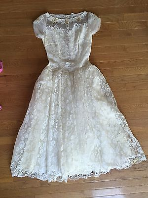 Vintage 1950 Hand Made Lace Wedding Dress Gown White Lined Buttons Short Sleeve