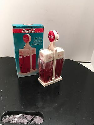 Vintage 1993 Coca Cola Mini Vending Machine Salt And Pepper Set
