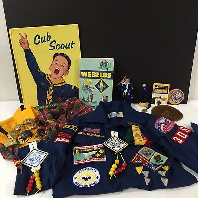 Vintage BOY SCOUTS OF AMERICA LOT Shirt Patches Pins Badges Scarves Buckles Book