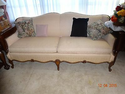 Couch - French Provincial - pale pink - brocade - $500 (Olive Branch)