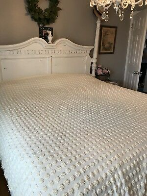Martha Stewart 100 Cotton Yellow Popcorn Dot Chenille Bedspread 107