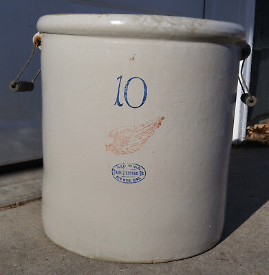 Antique Vintage 10 Gallon Red Wing Union Stoneware Crock w/ Bail Handles