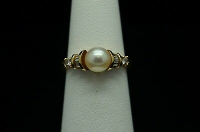 10K Yellow Gold Pearl With Diamond Accents Ring  Gold-016