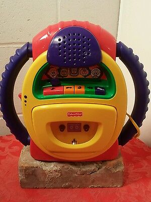 2002 Fisher Price Tuff Stuff Tape Player Recorder Wacky Voice Warp