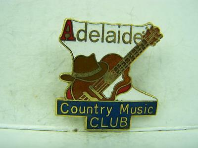 1990's Adelaide Country Music Club membership pin back badge                1086