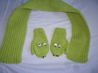 Hand Knitted Frog Children's Scarf And Mittens Set, new/untagged