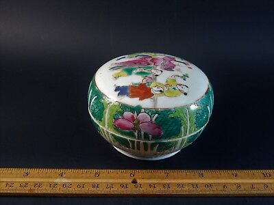 """Antique Chinese Export Famille Rose Cabbage Leaf Bok Choy Covered Box 4 x 2.5"""""""