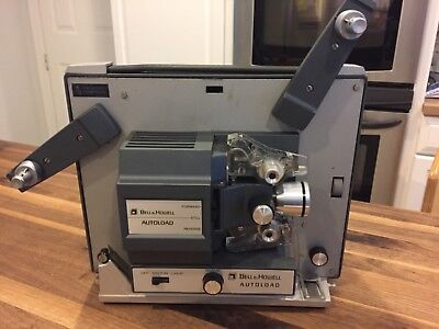 Vintage Bell & Howell Autoload Super 8 Projector Model 357B. Very good condition