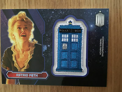 Topps Doctor Who 2015 Purple Tardis Patch Card Astrid Peth 71/99