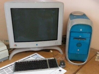 "Apple power Macintosh G3 blue & white 20"" monitor"