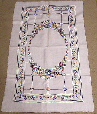 Vtg Embroidered Needlework Table Cover on Linen Arts & Crafts Floral