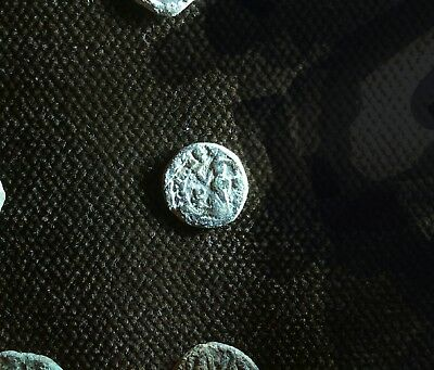 (3 rare Ae4 nummi )-------- one is lead's nummo of Honrius  , late roman coins.