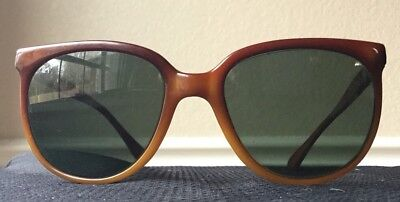 753ca5db5ab2f2 Vintage Ray Ban Bausch Lomb 80s Frame France Nylon Rare Authentic Sunglasses