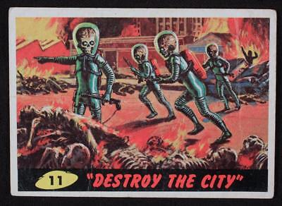 1962 Topps Bubbles - Mars Attacks - #11 Destroy The City - Good Condition