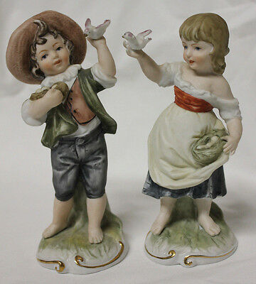 Vintage LEFTON Japan Set of 2 Girl & Boy Figurines Holding Doves & Nests # 3903