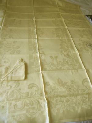 Nwt Vintage 1960'S Yellow Silky Rayon Damask Table Cloth 5 Napkins Leafy Scrolls