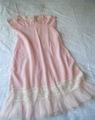 Vintage 1960S Osti Nylo Fleece Pink Brushed Nylon Full Slip Pleat Lace Trim Os