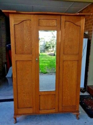 Wardrobe Antique French Provincial Style